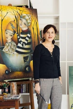 Viviana in her studio ©Ric Kokotovich
